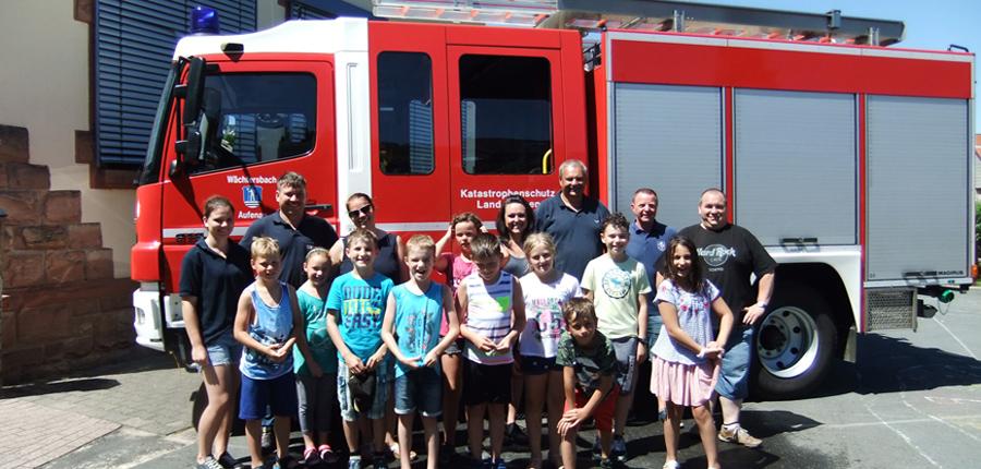 Feuerwehr AG der Feuerwehr Aufenau und Grundschule Aufenau