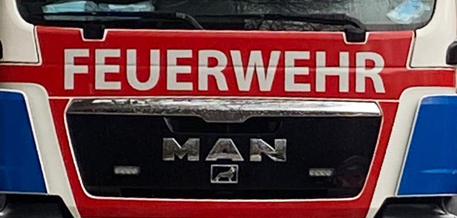 F 2 – Dachstuhl, Aufenau, Kulmbacher Straße – Fehlalarm
